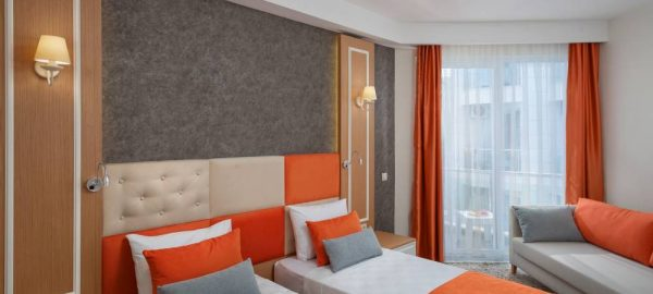 golden-orange-hotel-142
